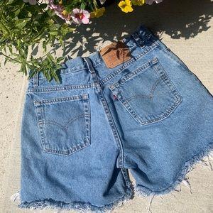 •Levi's• Vintage 555 MOM Jean Shorts Denim Sz 12